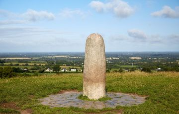 Thumb_hill_of_tara