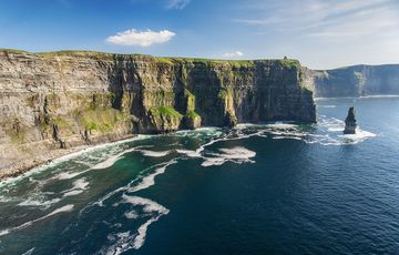 Thumb_cliffs_of_moher_istock__5_