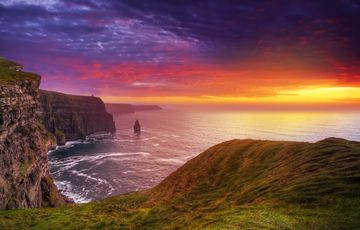 Thumb_cliffs_of_moher_istock__2_