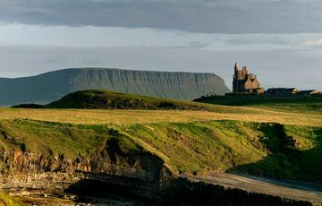 Thumb_classiebawn_castle_mullaghmore_head__tourism_ireland_
