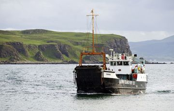 Thumb_rathlin_island-boat-tourism-ireland
